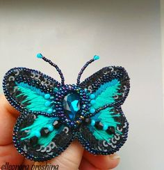 Emerald green brooch butterfly handmade. Jewelry brooch. Embroidered insect. Accessory butterfly. Gift for women. Bijouterie for jacket.