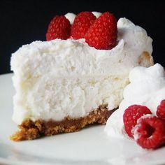 Vanilla Bean Cheesecake-Get your hourly source of sweet...