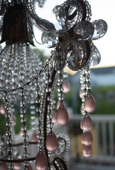 ❥ beautiful pink chandelier drops