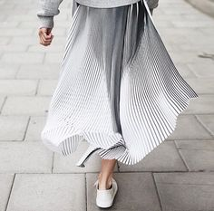 Silver midi skirt Falda midi plateada Love it