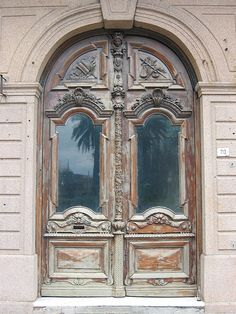 One of thousands of beautiful doors in Buenos Aires