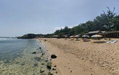 Sebagai salah satu destinasi wisata, tentunya pesona Pantai Sundak Gunung Kidul juga sangatlah eksotis sehingga mampu menarik perhatian wisatawan lokal Beach, Water, Outdoor, Gripe Water, Outdoors, The Beach, Beaches, Outdoor Living, Garden