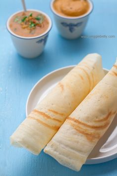 The Perfect Dosa Recipe (Rice and Lentil Crepes), from Veggie Belly and gluten free ! Indian Snacks, Indian Food Recipes, Vegetarian Recipes, Cooking Recipes, Dosa Batter Recipe, Dosa Recipe, My Favorite Food, Favorite Recipes, Waffles