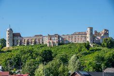 Janowiec Castle, Poland on http://picstrip.net/?p=9304 #zamek #janowiec #polska #castle #poland #travel #trip #picstrip #photography