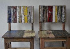 meubles originaux et chaises en vieux bois avec dossier et siège en planches de bateau indonésien