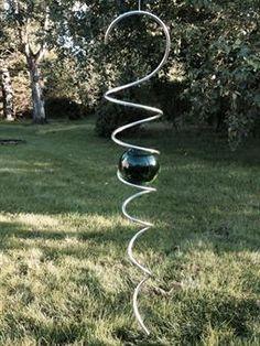 Spiral med 70 mm kula i grönt