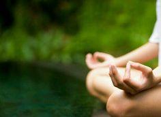 What Is Ashtanga Yoga? Understanding the Methods - Yoga breathing Iyengar Yoga, Ashtanga Yoga, Yoga Kundalini, Chakra Meditation, Yoga Mudra, Pranayama, Vinyasa Yoga, What Is Meditation, Yin Yoga