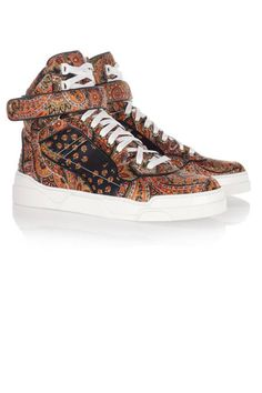 Cool kicks: 30 trendy summer sneakers to shop now