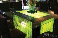Lightbox Table with Golf Image