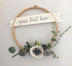 Personalized Modern Felt Flower Wreath // Modern от GandTeaLove #feltflowers