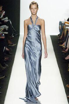 Oscar de la Renta Fall 2005 Ready-to-Wear Fashion Show - Tiiu Kuik