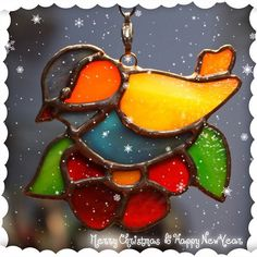 "Merry Christmas, my friends! Елочная игрушка/suncatcher ""Синичка"" ❄️ #витраж #елочнаяигрушка #стекло #ручнаяработа #авторскаяработа #украшения #птицы #подарок #christmasdecoration #stainedglass #glass #bird #handmade #diy #andreidzyuba"