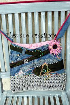sac bandoulière, en jean's, languettes de canettes, diverses broderies, etc... : Sacs bandoulière par class-eco