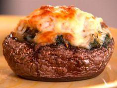 Cooking Channel serves up this Portobello Crab Rockefeller recipe plus many… Cajun Recipes, Seafood Recipes, Appetizer Recipes, Cooking Recipes, Appetizers, Cajun Cooking, Appetizer Ideas, Potato Recipes, Lunch Recipes