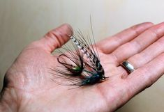 Step by step tying instructions on Daniel Cope's Steelhead Phantam, a clever spin on Miguel Morejohn's Bantam fly for steelhead Fly Fishing Gear, Fishing Lures, Steelhead Flies, Fly Tying, Coastal, Tie, Trout, Shank, Alaska