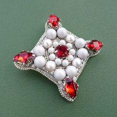 Brooch with Swarovski elements