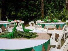 Birthday Party At Park, Birthday Party Themes, Third Birthday, Dinosaur Birthday Cakes, Dinosaur Party, Birthday Party Centerpieces, Safari Party, Animal Party, Diy