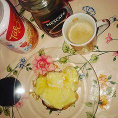 Tem um tempo não tomo café da manhã e hoje saiu esse aí um caipira com queijo caipira e café com nata. #drsouto #lowcarb #semdesistir #comidadeverdade #focopaleo #paleofood#escolhasuacomida #semsacrificio#semdesistir #faltam26diassemjacar by sandrinha.lowca.rb