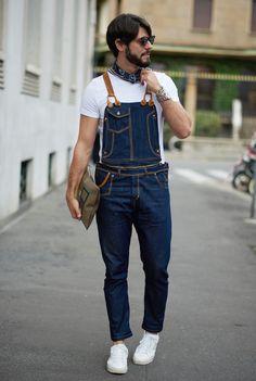 Look para homens com macacão em estilo fazendeiro. Milano Moda Uomo