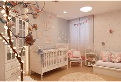 Decorating a room for a baby is always fun and exciting. Need some ideas? The nursery trends prediction here might be intriguing for you. Baby Boy Rooms, Baby Bedroom, Nursery Room, Girls Bedroom, Nursery Themes, Girl Nursery, Princess Nursery, Chic Nursery, Princess Room