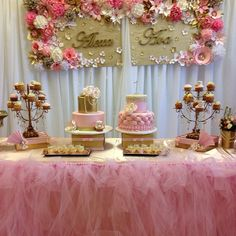 Beautiful cake table by Ellenarievents @Nar Art Avetisyan
