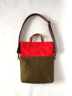 Waxed Canvas Tote Messenger Bag Foldover Bag Green by metaphore