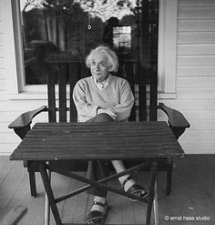 Einstein relaxes at his Princeton home in Photograph By Ernst Haas, Hulton Archive/Getty images. A free archive of the famed physicist's writings released on Friday might help you find … New Jersey, Philosophy Of Science, Modern Physics, Theoretical Physics, Theory Of Relativity, Digital Archives, E Mc2, Albert Einstein Quotes, Physicist