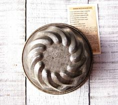 Vintage Metal Jello Jelly Mold