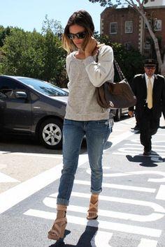 Rachel Bilson   BF jeans, Summer Sweater & Espadrilles