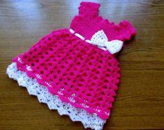 Crochet Baby Dress Crochet baby dress in fuchsia color - white crochet bow deta...
