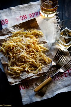 Parmesan and Truffle Fries.  Excuse me, I'm having a drool moment. Most unseemly, but wow, check these out. These are fries for grownups.