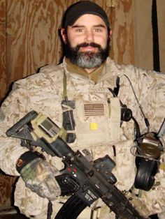 On August Chief Petty Officer (SEAL) Matthew Mason was one of 30 American service members who were killed in action during a mission in the Wardak Province of Afghanistan. Special Forces Gear, Military Special Forces, Thank You Soldiers, The Brave One, Fallen Heroes, Fallen Soldiers, Us Navy Seals, Navy Chief, Delta Force