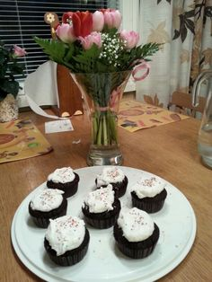 Naistenpäivän suklaa-kookosmuffinssit