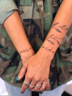 Around Arm Tattoo, Wrap Around Wrist Tattoos, Neck Tattoo For Guys, Wrist Tattoos For Women, Back Tattoos, Mini Tattoos, Forearm Tattoos, Body Art Tattoos, Tribal Tattoos