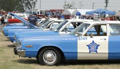 Old Police Cars, Chicago Street, Police Uniforms, Emergency Vehicles, Cops, Illinois, Squad, Van, Classic