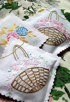 Vintage Embroidery sachet from vintage linens More - If you have a collection of Vintage Linens you will love this roundup of 15 Cute Ways to Repurpose and Upcycle Vintage Linens. Vintage Crafts, Upcycled Vintage, Vintage Sewing, Vintage Linen, Victorian Crafts, Vintage Decor, Repurposed, Embroidery Transfers, Embroidery Patterns