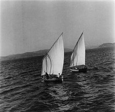 """Botes polbeiros a vela mística 