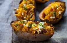 Twice Baked Sweet Potatoes, Roasted Sweet Potatoes, Healthy Snacks For Kids, Healthy Recipes, Sweet Potato Benefits, Feta, Courge Spaghetti, Pepper Steak, Nutrition