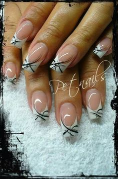 Try some of these designs and give your nails a quick makeover, gallery of unique nail art designs for any season. The best images and creative ideas for your nails. Fingernail Designs, Gel Nail Designs, Pedicure Designs, Nails Design, French Nails, French Pedicure, French Nail Designs, French Manicure With Design, Elegant Nails