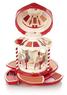 Limited edition vintage Pupa carousel palette.
