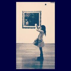 """""""Io sono un grande artista, la gente non mi comprende, ma un giorno i miei quadri costeranno tanti soldi e allora tutti capiranno chi veramente era Antonio Ligabue.""""  Gorilla con Donna, Antonio Ligabue"""