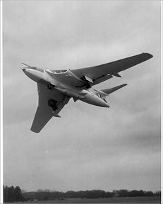 Poster Print-Handley Page Victor armed with Blue poster sized print mm) made in the UK Navy Aircraft, Military Aircraft, Vickers Valiant, Handley Page Victor, V Force, Air Fighter, Aircraft Pictures, Royal Air Force, Royal Navy