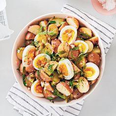 Salade de pommes de terre, oeufs et fines herbes Healthy Diet Recipes, Salad Recipes, Cooking Recipes, Cobb Salad, Entrees, Potato Salad, Good Food, Food Porn, Brunch