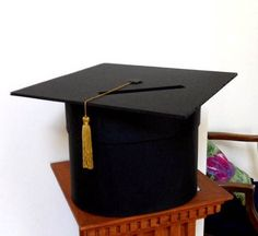 DIY Grad cap card box