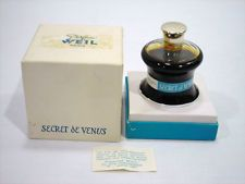 1933.....Vintage Secret de Venus Weil Parfum 4 oz. Bottle & Box Paris France