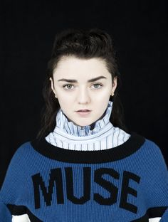Maisie Williams covers Highsnobiety Magazine Issue Read our interview with Arya Stark and learn her honest thoughts on fashion and much more. Jessica Alba Dress, Maisie Williams Sophie Turner, Los Primates, Sansa Stark, Elle Fanning, Games For Girls, Celebs, Celebrities, Beautiful Actresses