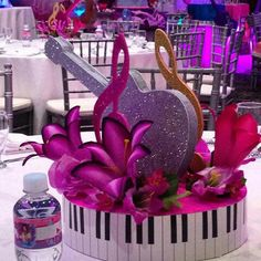 Rockstar Birthday, Moms 50th Birthday, 70th Birthday Parties, 50th Party, Music Themed Parties, Music Party, Music Centerpieces, Floral Centerpieces, Record Crafts