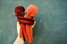 Coppia di polpo Finger Puppet di PetitFelts su Etsy, $230.00