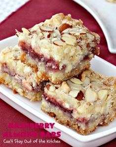 Raspberry Almond Bars Cant Stay Out of the Kitchen these irresistible are rich decadent absolutely sensational Theyre perfect for as they are so festive beautiful Th. Raspberry Desserts, Just Desserts, Delicious Desserts, Raspberry Brownies, Raspberry Bars, Healthy Desserts, Baking Recipes, Cookie Recipes, Dessert Recipes