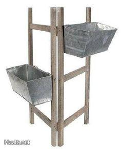 Ruukkuteline / A rack for pots